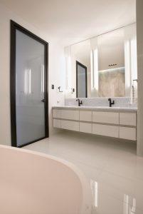 Pottruff_Bathroom_535_x_800_image_2